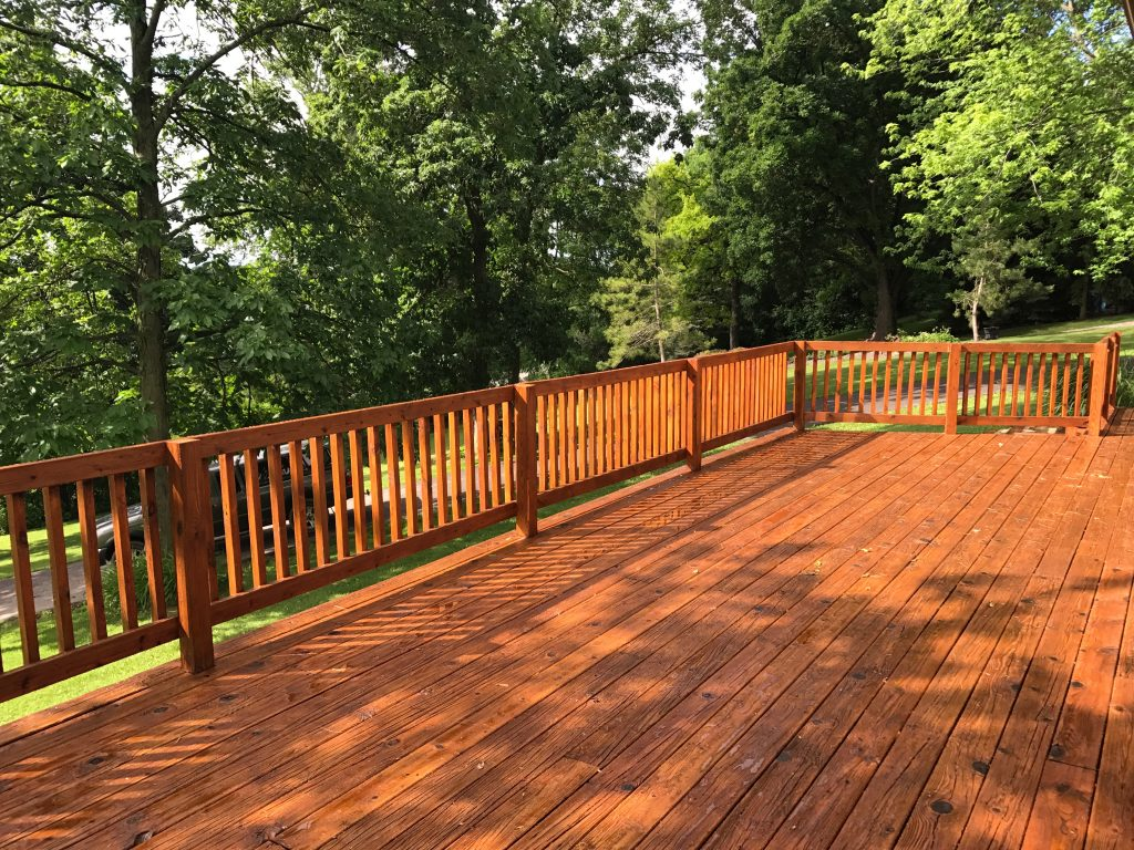 Natural Oak Stained Deck