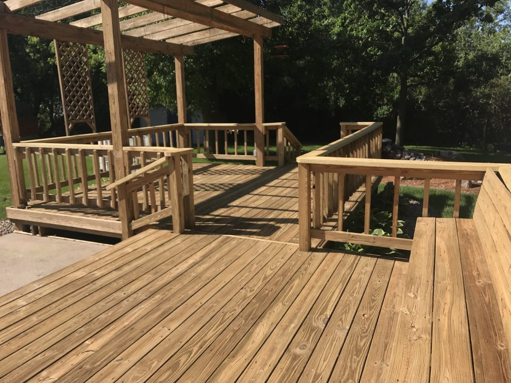 Natural and Mahogany Stained Deck